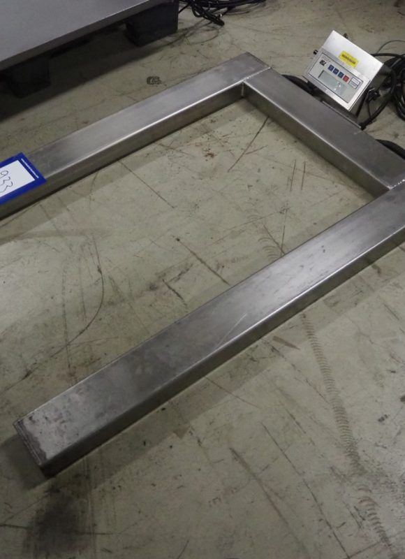 Cardinal weighing scale for pallets